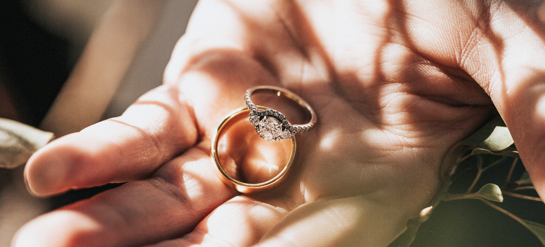 Como limpar ouro sem estragar a joia